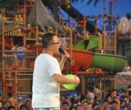 鲁布拉水慕世界迪诺水镇嘉年华互动环节