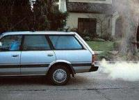 排气管冒白烟  啥原因?