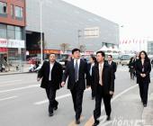 常州市钟楼区区委书记徐伟南一行莅临弘阳集团参观指导