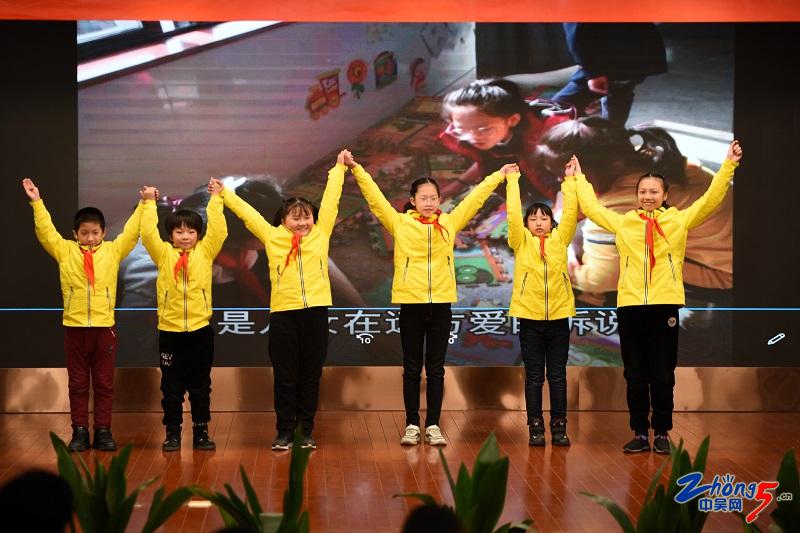 12.27校园合唱比赛3.jpg