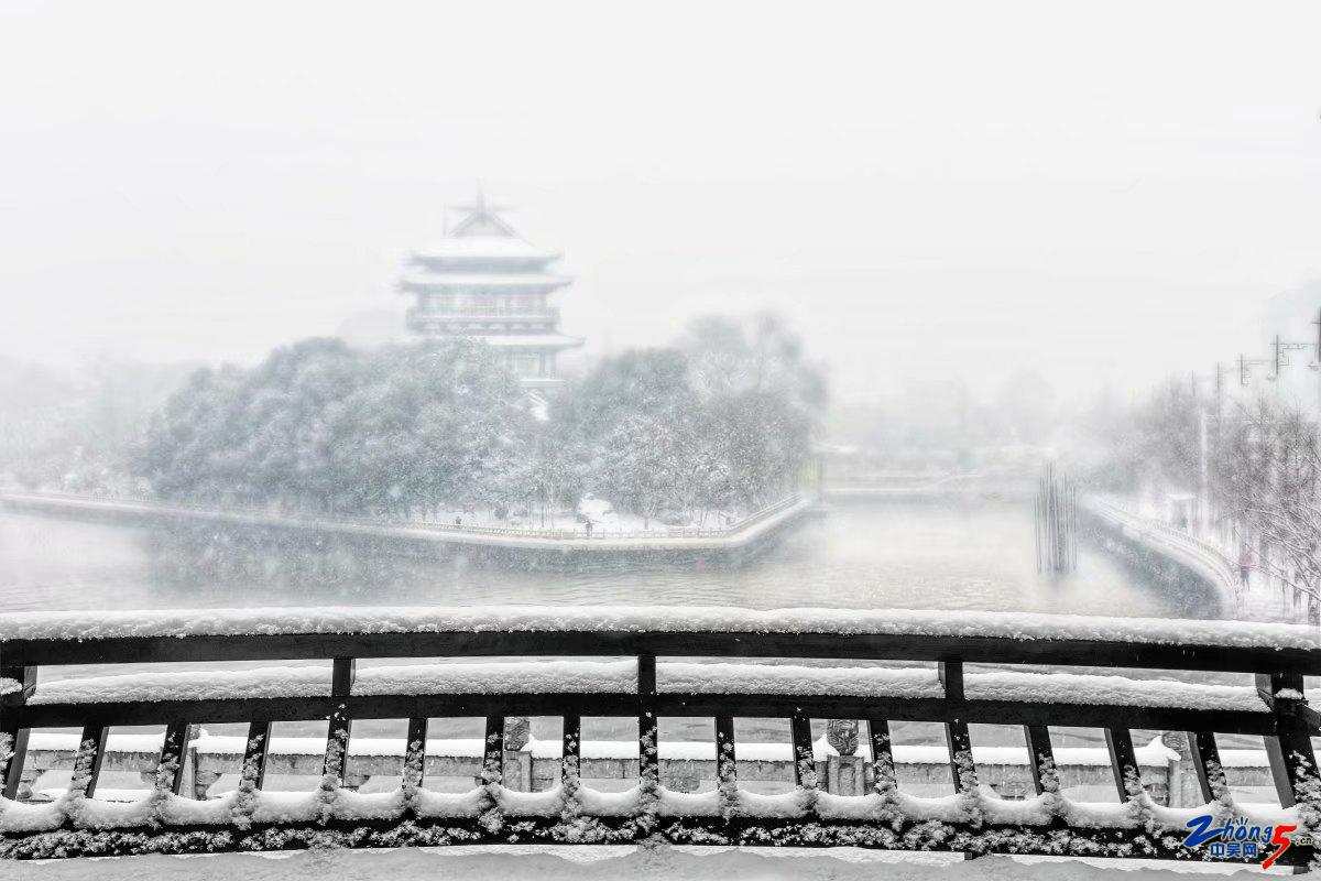 风雪满天 张建中.jpg