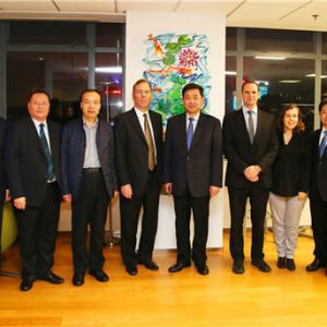 汪泉赴上海与以色列经济部首席科学家进行工作交流