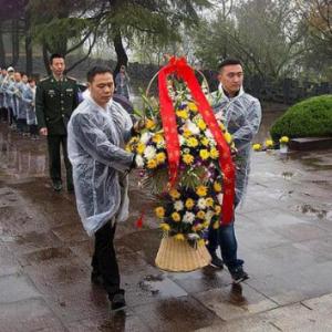 2019年清明节,河南、湖北、浙江、湖南、陕西各地举行祭扫活动