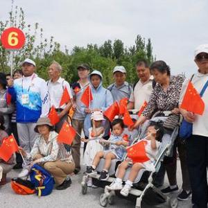 300名在京台胞端午节游世园会感受绿色北京