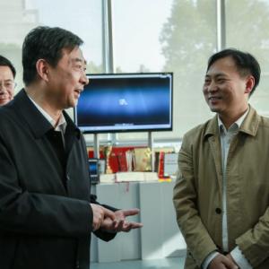 汪泉勉励全市新闻工作者:坚定理想信念 服务发展大局