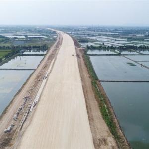 溧高高速常州段路基工程完工