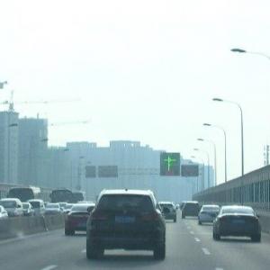 本月我市高架多个匝道口将实施临时管制